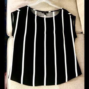 Banana Republic b+w striped blouse